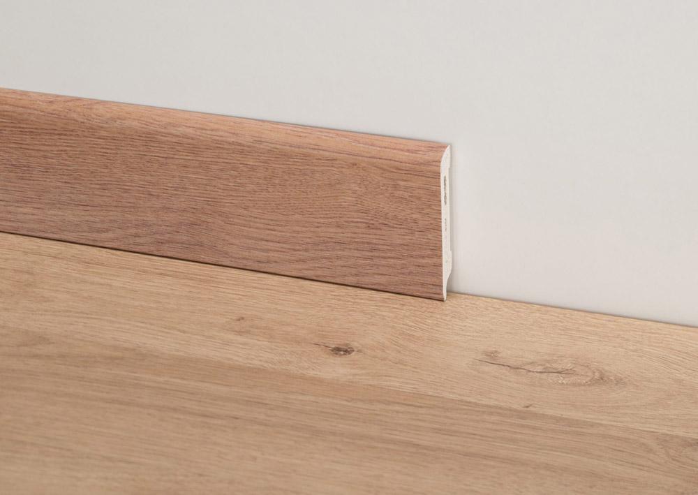 battiscopa-in-essenza-legno-modena