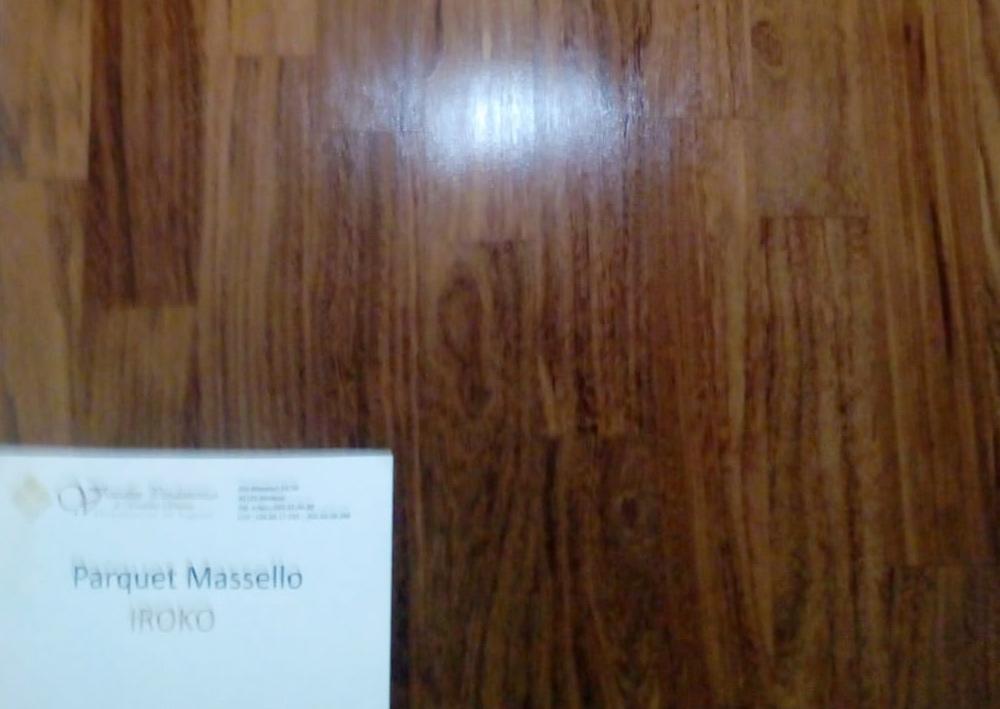 materiale-legno-massello-iroko-per-parquet-modena